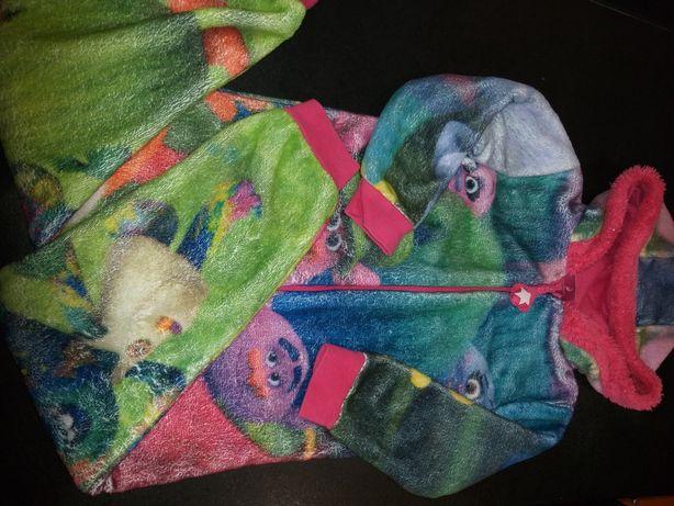 пижама   тролли на 4-5лет