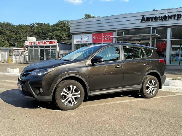 Toyota RAV4 2014 2.2 дизель АТ