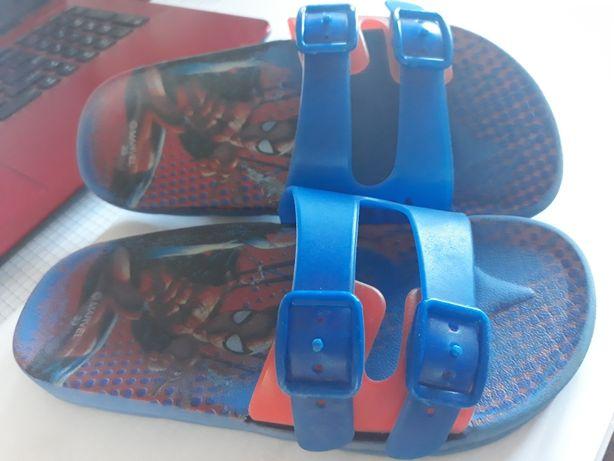 Laczki basenowe Spiderman roz. 33