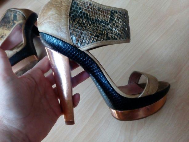Buty skóra węża złoto 38 Brazylia