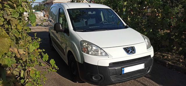 Peugeot Partner ( Tepee ) 2013