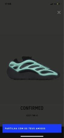 Yeezy 700 v3 Dark Glow 42