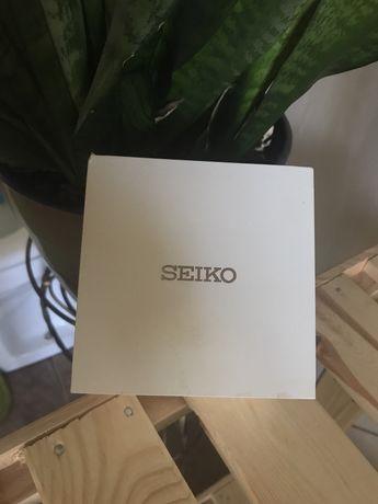 Продам часы Seiko ( водонепроницаемые)