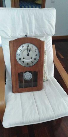 Vendo relógio antigo de parede marca Boa Reguladora