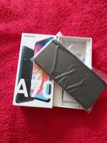 Nowy Samsung a70
