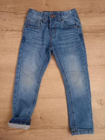 Spodnie jeans rurki z podszewką C&A 104!