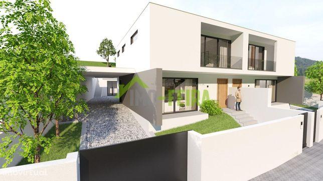 Moradia Nova em Construção, Lobão