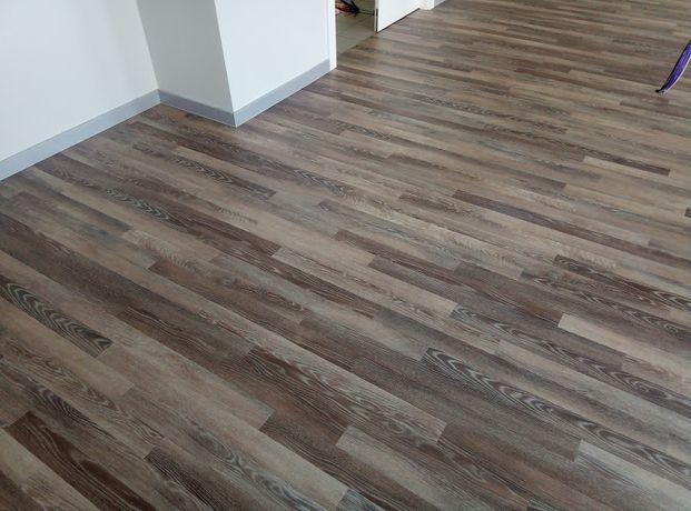 panele podłogi winylowe parkiet deski na ogrzewanie podłogowe