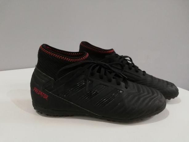 Buty sportowe chłopięce czarne Adidas Predator