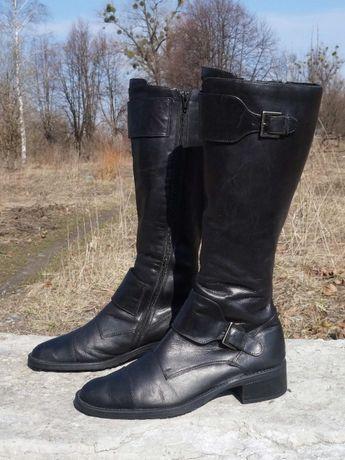 Демісезонні жіночі чоботи бренду Silpa
