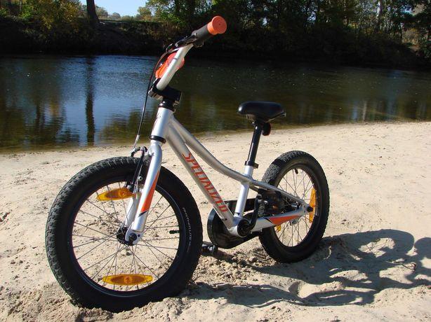 Детский велосипед фирмы Specialized riprock '16