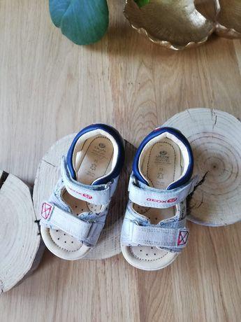 Sandałki Geox 23