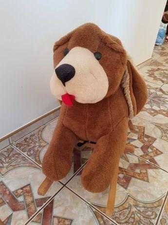 Pies bujany  dla dzieci, pies na biegunach