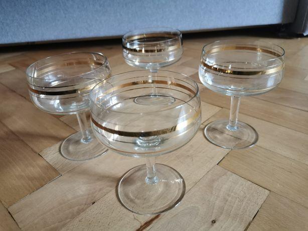 Zestaw 25 kieliszków i 10 szklanek
