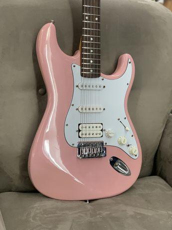 Fender Startocaster Shell Pink