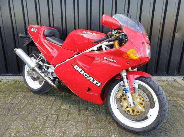 Супер спорт байк Ducati