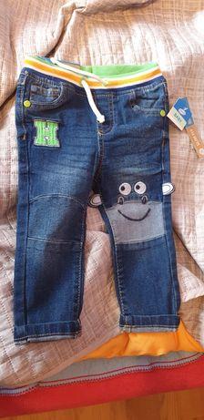 Spodnie dżinsowe chłopięce rozmiar 80