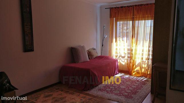 Apartamento T0 Telheiras