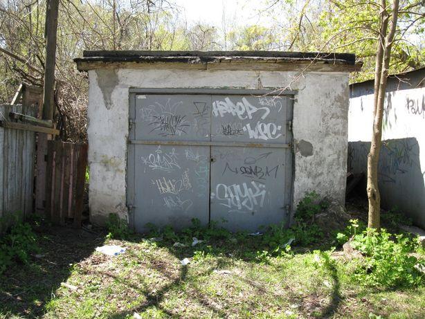 продам или сдам гараж на Заподном во дворе напротив ДК.ЛОМОНОСОВА