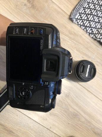 aparat Olympus e-420 + dwa obiektywy + torba + akcesoria
