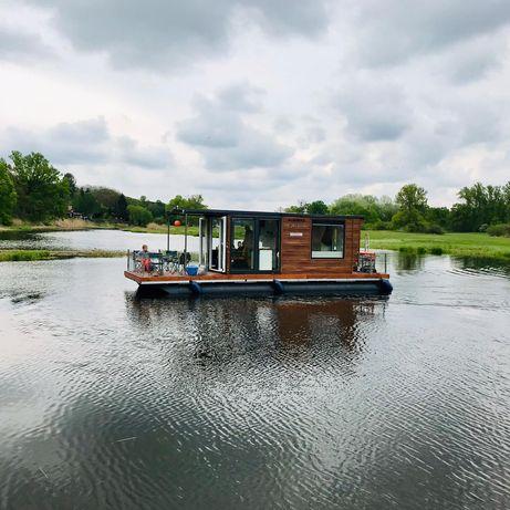 Pływający dom na Warcie