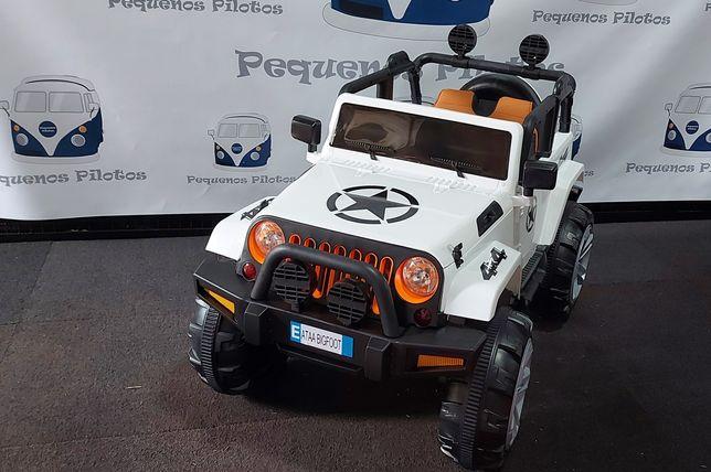 Jeep Ataa Bigfoot electrico a bateria 12v para crianças branco NOVO