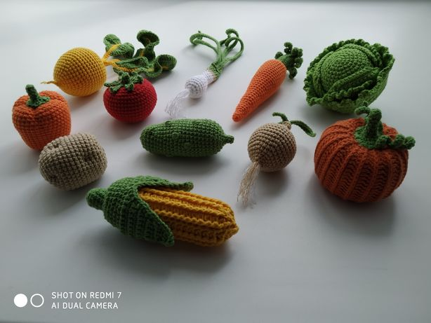 Вязаные овощи крючком.