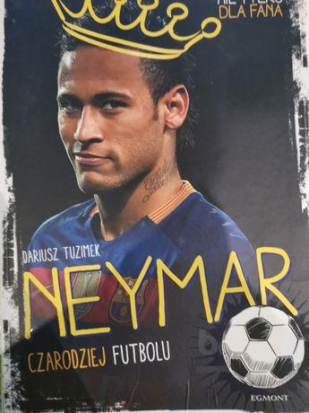 """Książki """"Neymar Czarodziej futbolu"""""""