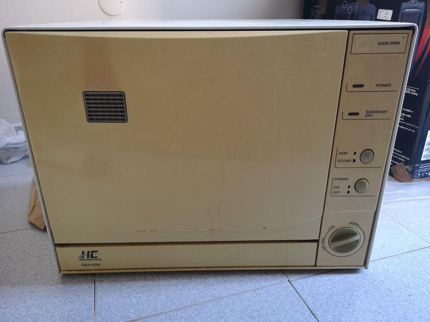 Máquina de lavar loiça compacta