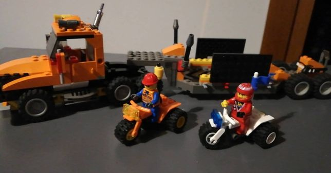 Zestaw z serii LEGO Xtreme Stunts 6739 ciężarówka