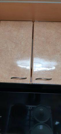 Продам фасадные двери на кухню