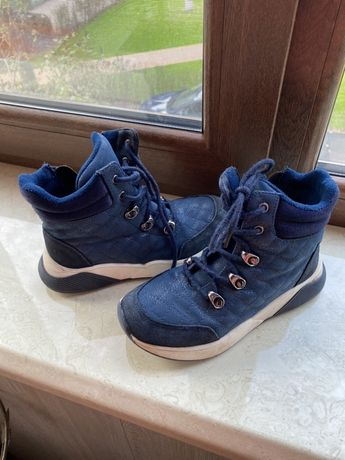 Продам демісезонні ботинки 33 розмір