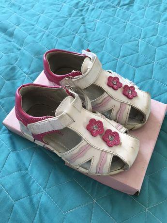Sandałki roz 24 dla dziewczynki