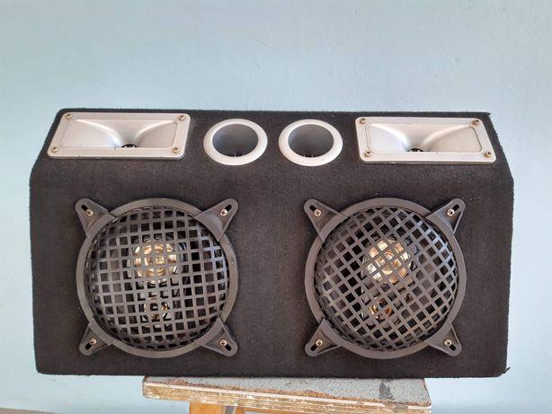 Głośniki samochodowe na półkę