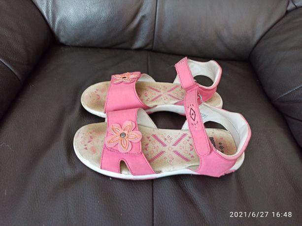 Sandały dziewczęce 34