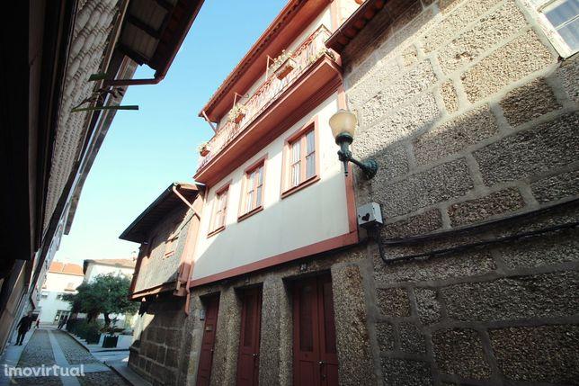 Excelente Prédio no Centro Histórico da Cidade de Guimarães