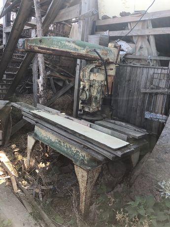 Продам станок деревообрабатывающий фрезер
