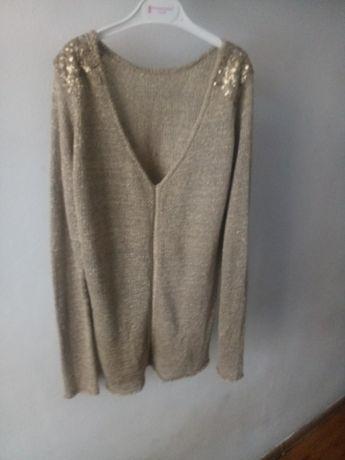 Sweterek Beżowy       .