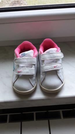 Nike dziewczęce 21