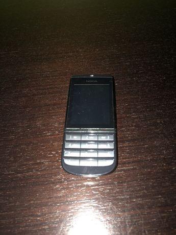 Nokia Asha 300 touch screen