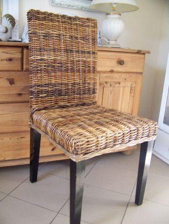 krzesło drewniane z wikliną