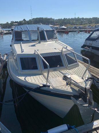 Lodz motorowa kabinowa disel Hortensnekka Hb 620 Yanmar 2GM 15 koni