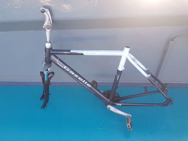 Rama rowerowa Gazelle Medeo Excellent model T24
