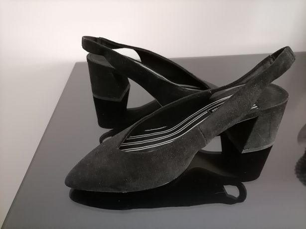 Sapatos Stradivarius - número 37