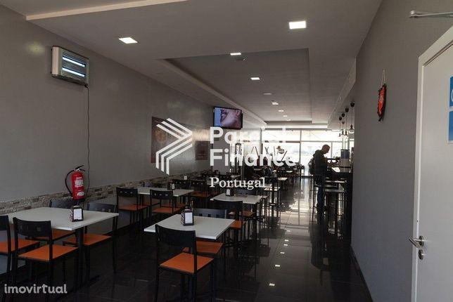 Trespasse de Café, snack bar com esplanada em Espinho