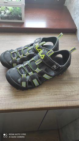 Sprzedam sandały Fila