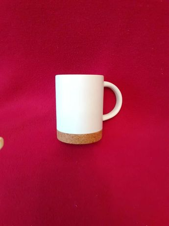 Чашка со съемной пробковой подставкой