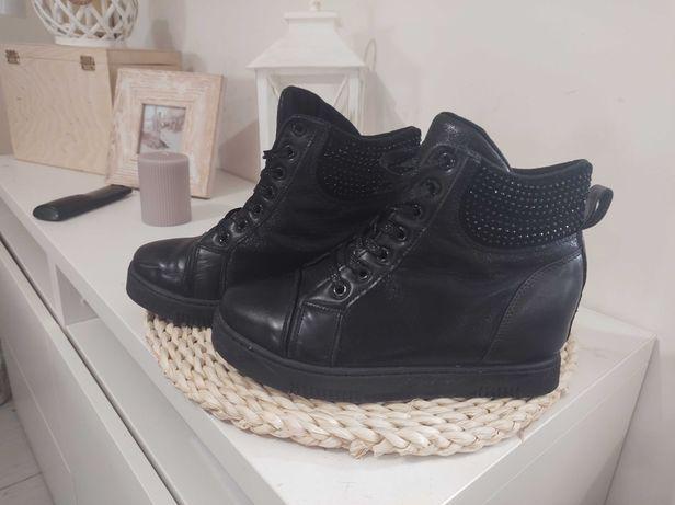 Buty na koturnie damskie 38