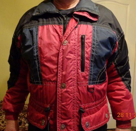 Продам осеннюю мужскую куртку