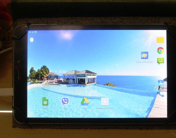 Планшет EvroMedia PlayPad PRO